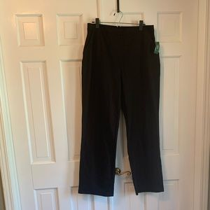 LL Bean Med Black Straight Leg Perfect Fit Pants